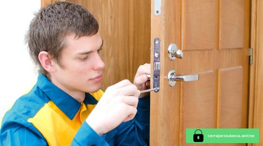 cerrajeros autorizados en denia baratos